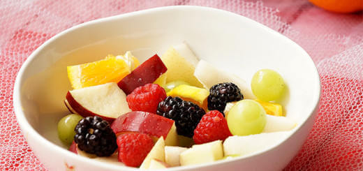 A bowl of fresh fruit salad