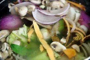 Vegetable_Broth_Kitchen_Scraps
