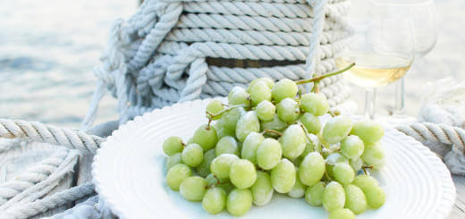 Frozen_Grapes