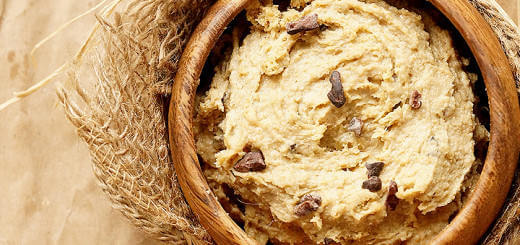 Healthy Raw Chocolate Chip Vegan Cookie Dough