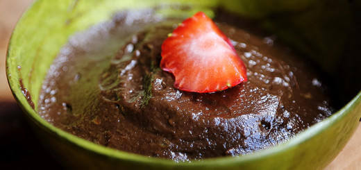 Simple Vegan Chocolate Mousse